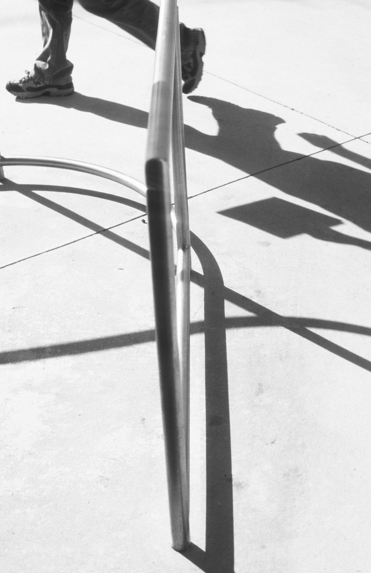 walking, 2007, 27 x 18 cm